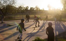 Скейтбординг после школы: как социальная программа помогает детям.